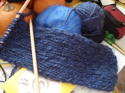 blue-purl-scarf-1.jpg