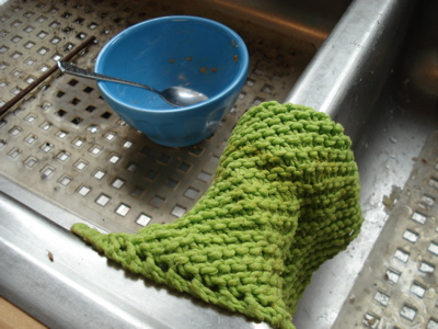 dishcloth in action
