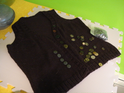 bracken grey buttons